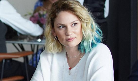 Farah Zeynep Abdullah'a yeşil saç şoku