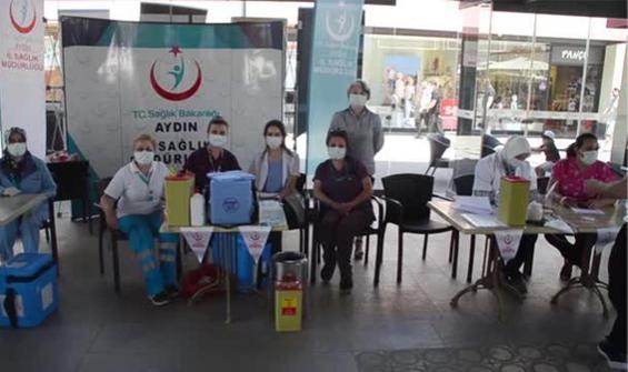Randevusuz aşı uygulamasına vatandaşlardan yoğun ilgi!