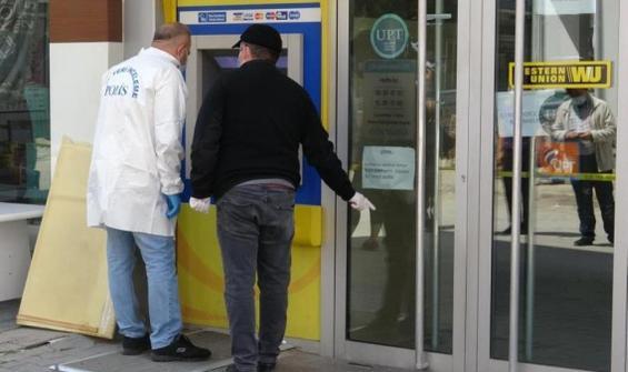 PTT'den para çaldı, başka şubede güvenlik görevlisi çıktı!