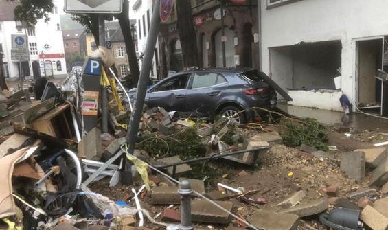 Almanya'da felaket! Ölü sayısı 106'ya yükseldi