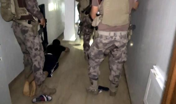 Şirinler çetesi liderinin evinde 'Sedat Peker' detayı