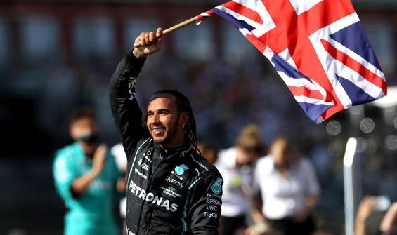 Britanya'da zafer Hamilton'un
