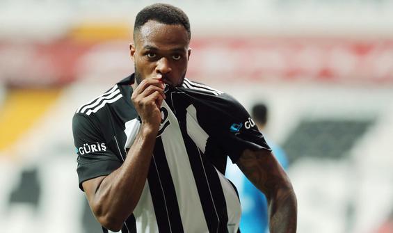 Beşiktaş'a Cyle Larin'den kötü haber