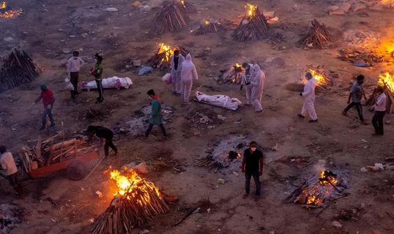 Hindistan'da Covid-19'dan ölenlerin gerçek sayısı açıklandı