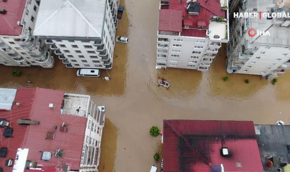 Sel sonrası oluşan hasar havadan görüntülendi