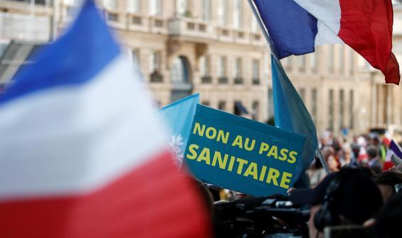Fransa zorunlu aşı için ilk adımı attı!