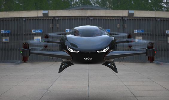 AirCar'ın ilk deneme uçuşu başarılı