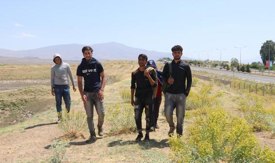 Afgan göçmenler yaşadıklarını anlattı