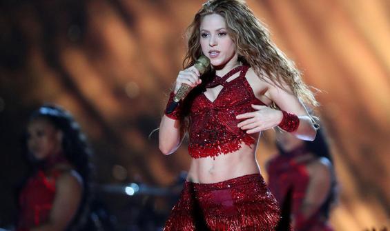 Dünyaca ünlü şarkıcıya büyük şok! Hapse girebilir