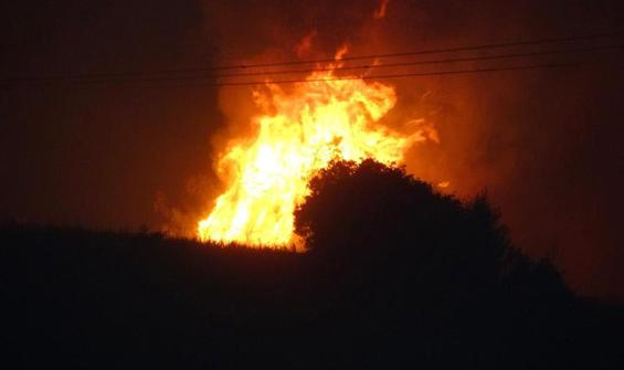 Orman yangının ulaştığı köyler boşaltılıyor