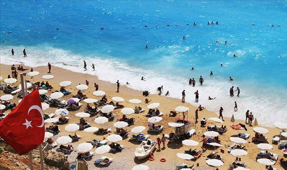 Turizm geliri artmaya devam ediyor