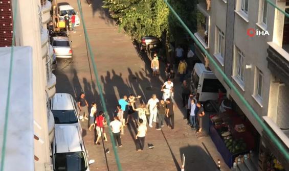 Sokak ortasında birbirlerine girdiler