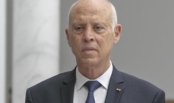 Tunus Cumhurbaşkanı iki bakanı görevden aldı