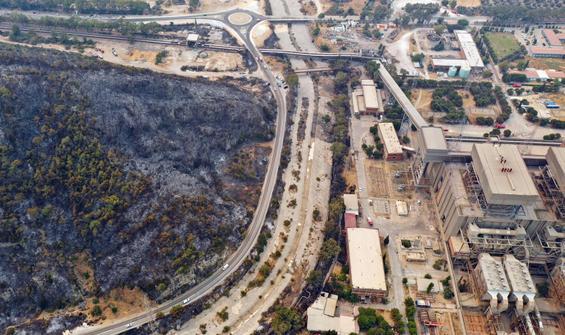 Felaketten kurtulan termik santral havadan görüntülendi