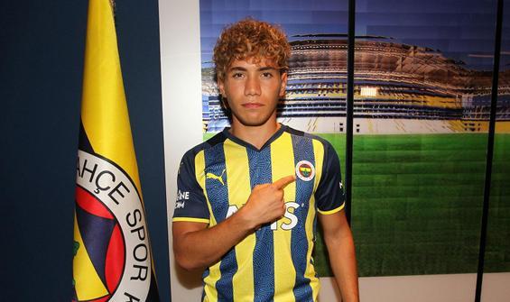 Fenerbahçe yeni transferi duyurdu