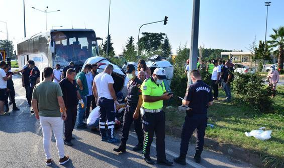 Yolcu otobüsü ile otomobil çarpıştı: Ölü ve yaralılar var!