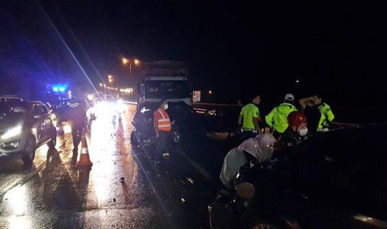 TEM'de zincirleme kaza: 5 yaralı