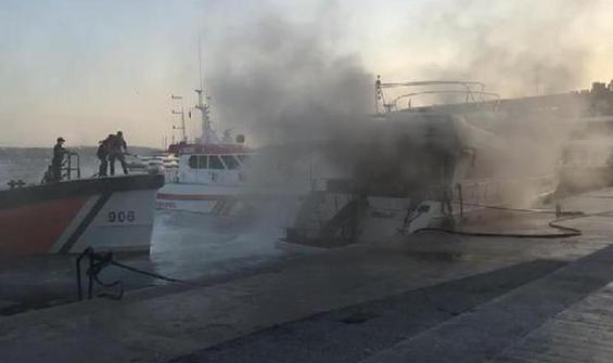 Bebek açıklarında korkutan tekne yangını