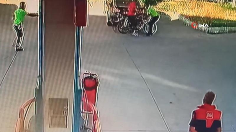 Dur ihtarına uymadı, polise çarpıp yaya kaçmaya çalıştı