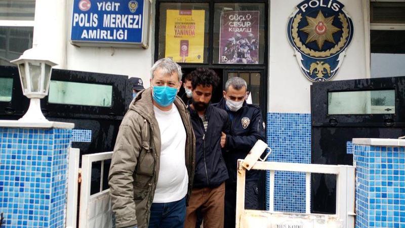 """""""Yunanistan'a gideceğim"""" dedi, polisin yüzünü tırmaladı!"""