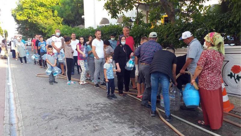 Susuz kalan vatandaş sokağa döküldü!