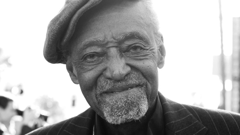 Siyahi sinemanın usta yönetmeni vefat etti