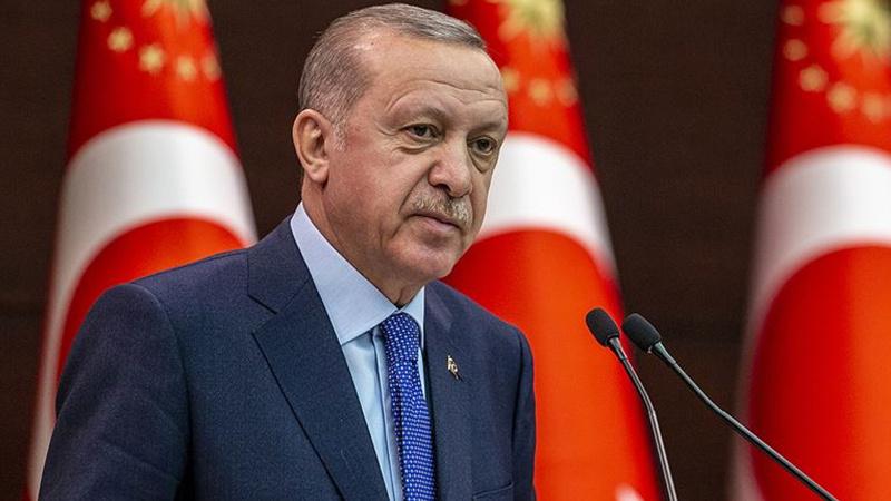 Cumhurbaşkanı Erdoğan'dan Darülaceze sakinlerine radyo hediyesi