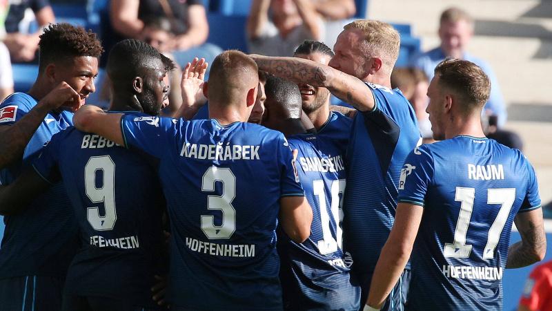 Wolfsburg ilk mağlubiyetini aldı