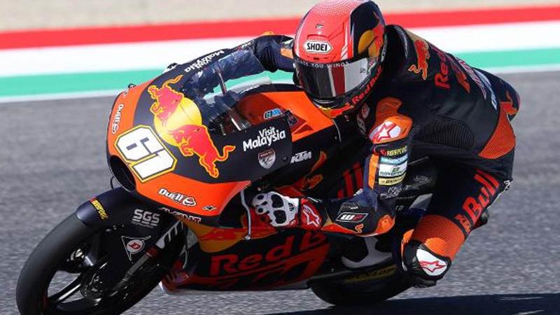 Milli motosikletçi Toprak Razgatlıoğlu, İspanya'da birinci oldu