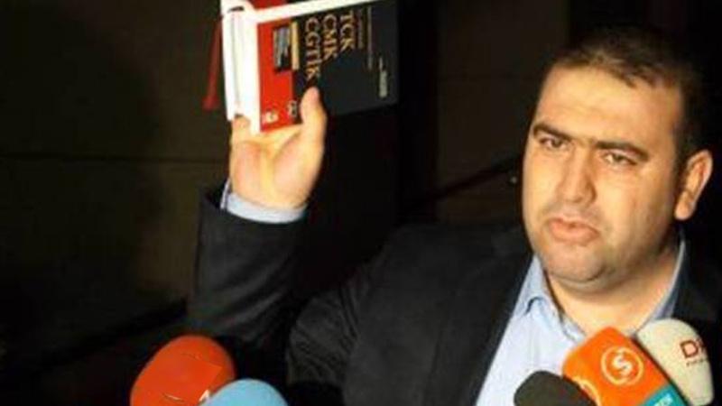 FETÖ elebaşı Fetullah Gülen'in avukatlarından Adnan Şeker 35 yıl hapse çarptırıldı
