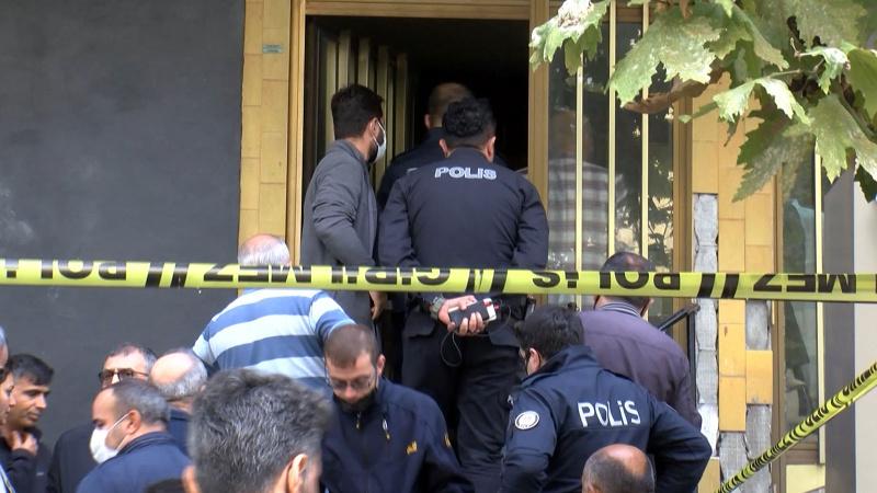 Belediye meclis üyesi ofisinde ölü bulundu