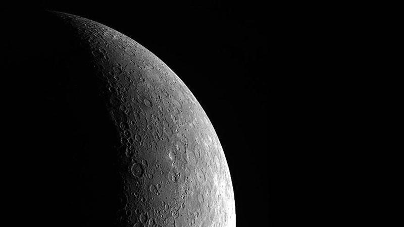Güneş Sistemi'nin en içteki gezegeninden ilk fotoğraf