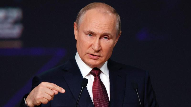 Putin'den Babalar Günü kararı! Farklı tarihte kutlanacak