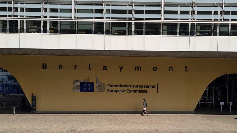 AB'den Yunanistan'a sığınmacı tepkisi