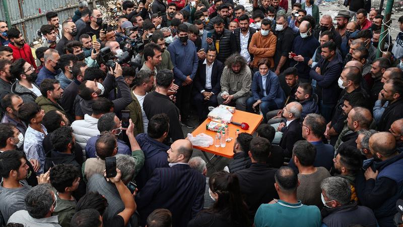Kılıçdaroğlu geri dönüşüm işçilerini ziyaret etti