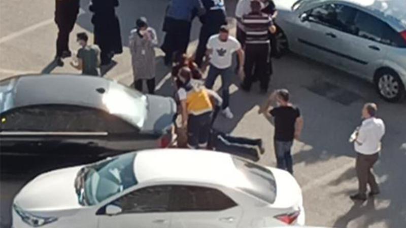 Hastanede park yeri kavgası! Kaçan adam 1'i çocuk 2 kişiyi ezdi