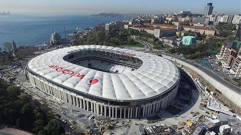Vodafone Park'ın zeminindeki son durum nedir? Adnan Dalgakıran Haber Global'e anlattı