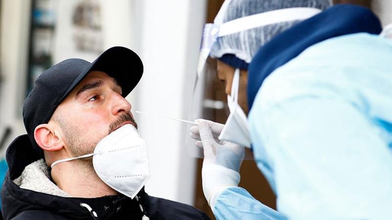 Almanya'da koronavirüs testleri için flaş karar