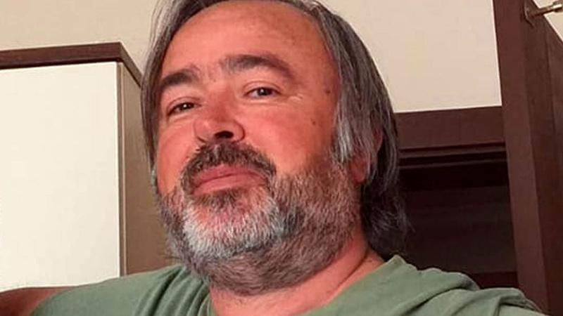 Aşı karşıtı akademisyen koronavirüsten öldü