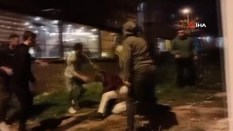 Taksiciler yer kavgasında birbirine girdi