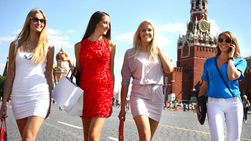 Rus vekilden ilginç öneri: Bekar kadınların Türkiye'ye seyahati yasaklansın