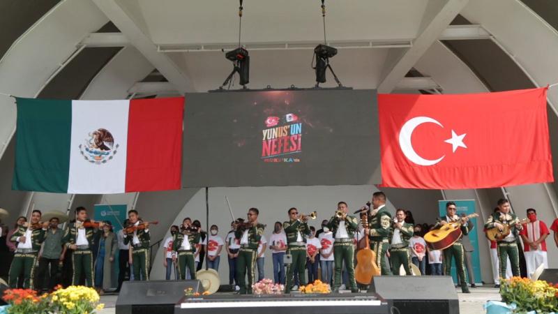 Meksika'da Türk müziği yankılandı