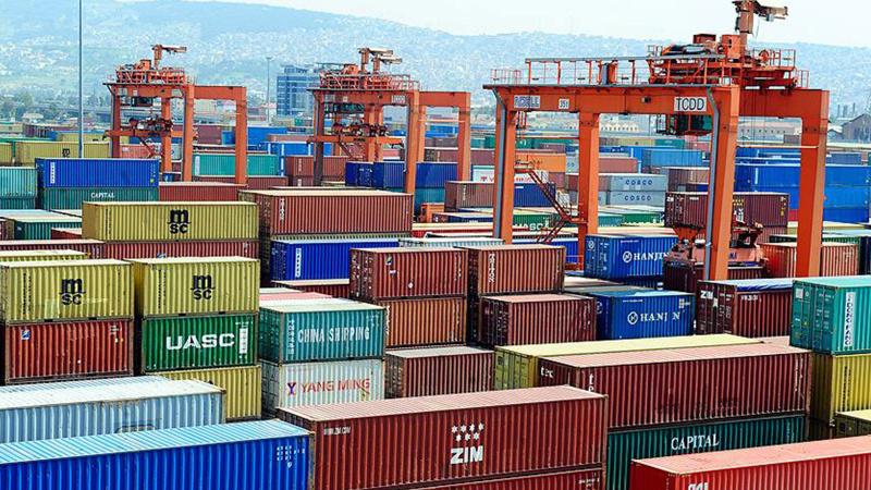 Dış ticaret açığı eylülde azaldı