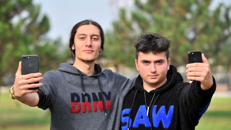 Türk gençlere Apple'dan 200 bin dolarlık teklif geldi