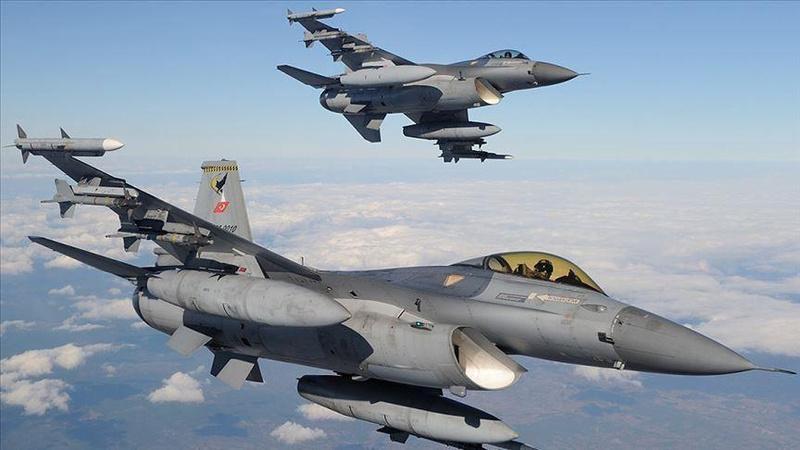 Irak'ın kuzeyinde hava harekatı