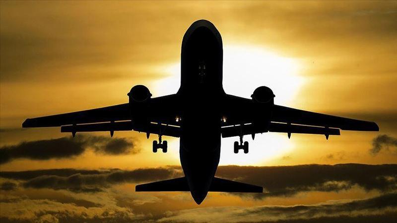 Kadınlar uçaktan indirilip zorla soyularak muayene yapıldı