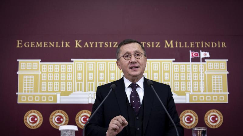 """""""Erdoğan, Demirtaş'ı 6 ay sonra tahliye edecek"""""""
