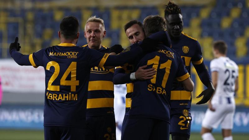 Ankaragücü, Kasımpaşa'yı tek golle geçti