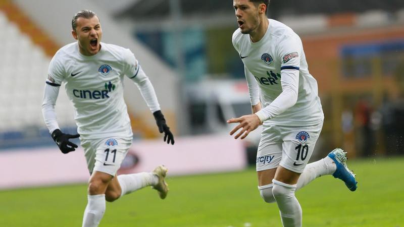 Kasımpaşa, Sivasspor'u 2-0'la geçti