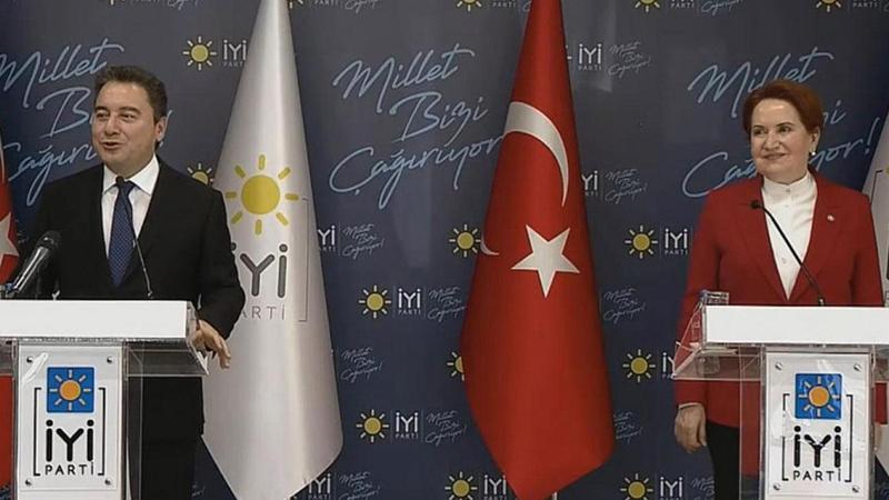 Babacan ve Akşener'den 'yeni anayasa' açıklaması